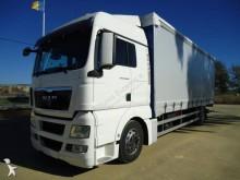 Camión lona corredera (tautliner) MAN TGX 18.400
