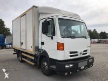 camión furgón caja polyfond Nissan