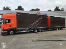 camião reboque caixa aberta com lona Scania