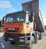 camião Iveco Trakker 410