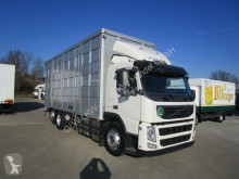 camion van per trasporto di cavalli Volvo