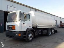 MAN 25.284 (6 CYLINDER/ZF-GEAR/18500L) truck
