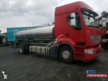 camião cisterna alimentar usado