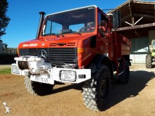 camion camion-citerne feux de forêts Mercedes