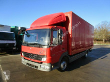 camion Mercedes ATEGO 816 Möbelkoffer 6,1 m 3-Sitzer NL 2,5 TO.