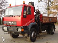camion MAN LE 18.280 4x4 EURO3 Kipper mit Kran HIAB