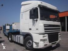 DAF heavy equipment transport