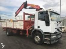 camión caja abierta transportador de hierro Iveco