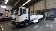 camion piattaforma MAN