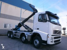 Volvo FH13 440 truck