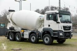 ciężarówka betonomieszarka MAN