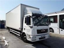 camião MAN 12.224