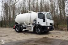 nieuw vrachtwagen tank