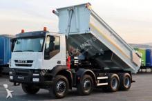 ciężarówka Iveco TRAKKER 410 / 8X4 / TIPPER / HYDRO-FLAP /