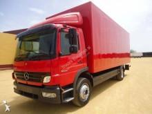 camión Mercedes Atego 818