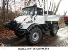 camión Unimog U 900/ 2 x Seilwinde/Bergstütze
