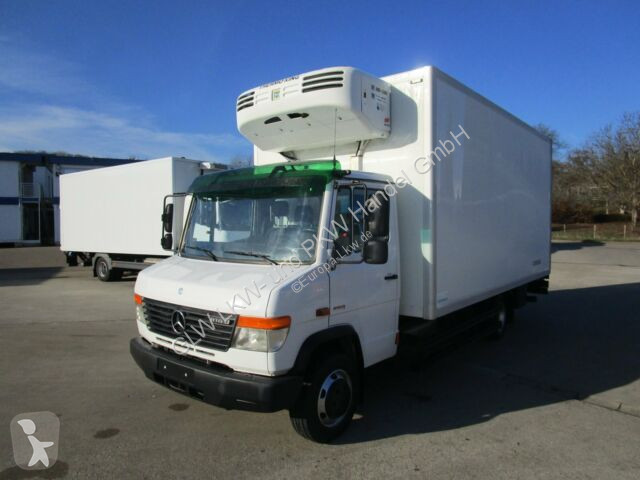 Voir les photos Camion Mercedes VARIO 816 D Tiefkühlkoffer 5 m LBW 1T*THERMOKING
