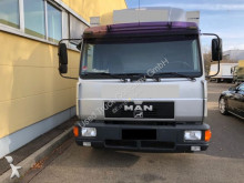 vrachtwagen bakwagen drankenvervoer MAN