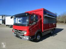 vrachtwagen bakwagen Mercedes