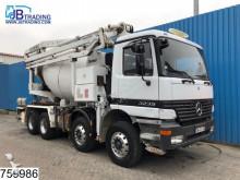 Mercedes Actros 3235 truck