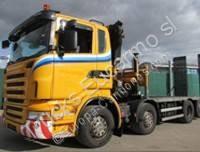 camión portamáquinas Scania