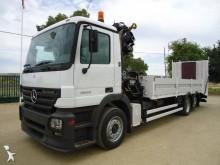 porta máquinas Scania