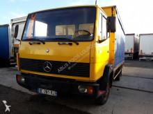 Mercedes 709 truck