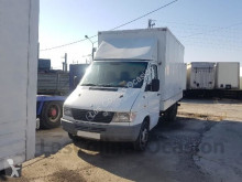 camião nc MERCEDES-BENZ - 412D