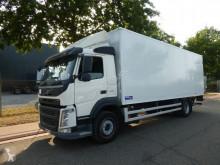camião Volvo FM 330