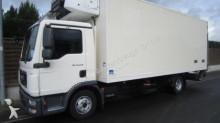 camião frigorífico MAN