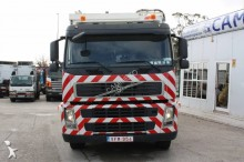 camion aspirateur Volvo