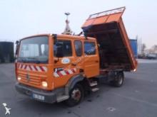 camion tri-benne Renault