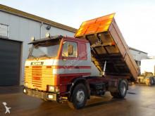 camião Scania 112