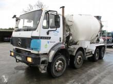 camion Mercedes 3233 B Liebherr Mixer 10 cub