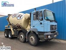 tweedehands vrachtwagen beton molen / Mixer