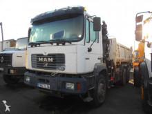 camión volquete bilateral MAN