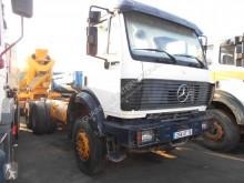 camião Mercedes 2631
