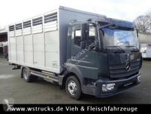 camião transporte de gados Mercedes