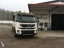 Volvo dropside truck