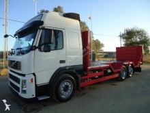 Volvo heavy equipment transport