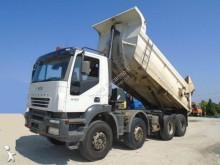 ciężarówka Iveco Trakker 440