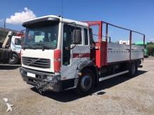 ciężarówka Volvo FL 220