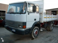 camion tri-benne Iveco