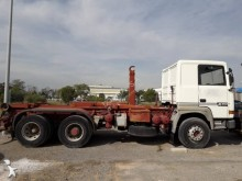 Renault Gamme R 385 truck