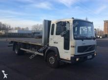 грузовик платформа стандартный Volvo