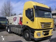 camión portacontenedores Iveco