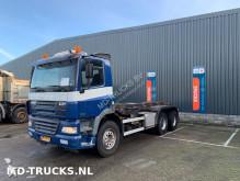 camión portacontenedores DAF