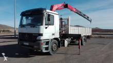 Fassi MERCEDES-BENZ - CAMION GRUA MERCEDES BENZ 1831 4X2 190 2002 truck