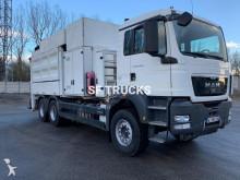 camion aspirapolvere MAN