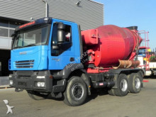 camión Iveco TRACKER 260T 45 6x4 Wechselfahrgestell Kipper/Mi